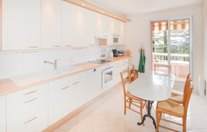 Apartment In Grasse thumbnail 2