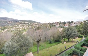 Apartment In Grasse thumbnail 8