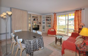 Apartment In Saint Raphael thumbnail 6