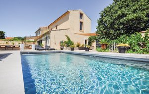 House In Narbonne thumbnail 6