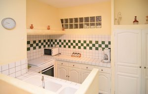 Apartment In Beaucaire thumbnail 1