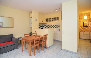 Apartment In Beaucaire thumbnail 2