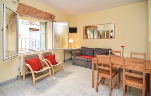 Apartment In Beaucaire thumbnail 3