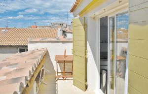 House In Beaucaire thumbnail 2