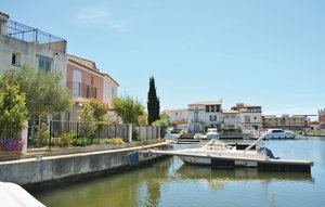 House In Aigues-mortes thumbnail 8