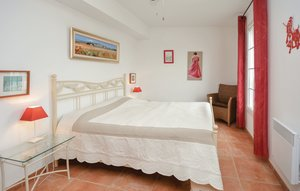 House In Aigues-mortes thumbnail 1