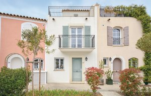 House In Aigues-mortes thumbnail 6