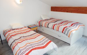 Apartment In Beziers thumbnail 2