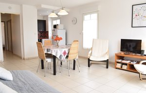 Apartment In Hauteville-sur-mer thumbnail 5