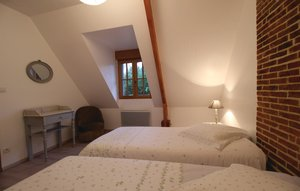 House In Le Bourg-dun thumbnail 1