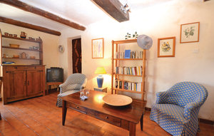 Apartment In Bonnieux thumbnail 2