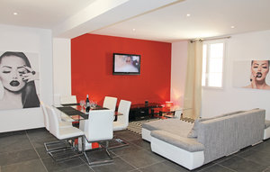 Apartment In Richerenches thumbnail 1