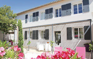 Apartment In Richerenches thumbnail 3