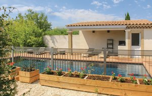 House In Sorgues thumbnail 8