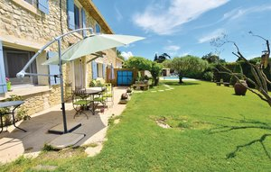 House In Carpentras thumbnail 3