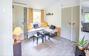 Apartment In Crillon-le-brave thumbnail 3