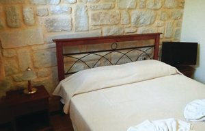 House In Chania thumbnail 5