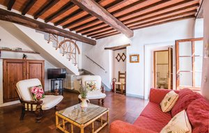 Apartment In Castellina In Chianti thumbnail 1