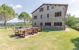 Apartment In Gubbio -pg- thumbnail 2