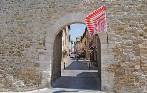 Apartment In Giano Dell'umbria Pg thumbnail 4