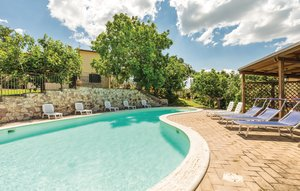 Apartment In Giano Dell'umbria Pg thumbnail 2
