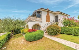 House In Bardolino thumbnail 3