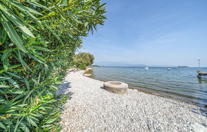 Apartment In Manerba Del Garda Bs thumbnail 7