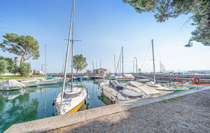 Apartment In Manerba Del Garda Bs thumbnail 8