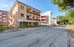 Apartment In Rosolina Mare (ro) thumbnail 3