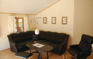 House In Idestrup thumbnail 8