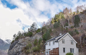 House In Markhus thumbnail 3