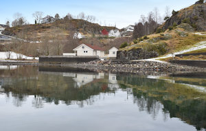 House In Holmefjord thumbnail 3