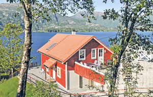 House In Vaksdal thumbnail 1