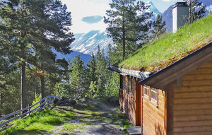 House In Hjelledalen thumbnail 2