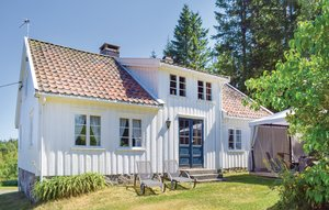 House In Grimstad thumbnail 2