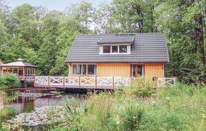 House In Örkellunga thumbnail 2